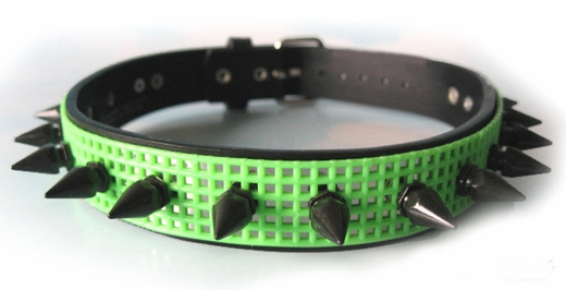 Collar UV Lime Green Cyber Spiked Mesh Choker