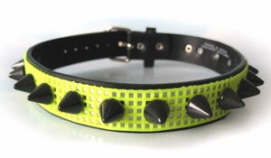 Collar UV Neon Yellow Cyber Spiked Mesh Choker