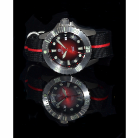 Master Diver Red 1000 on a Red stripe Nato