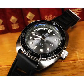 MILITARY DIVER 300