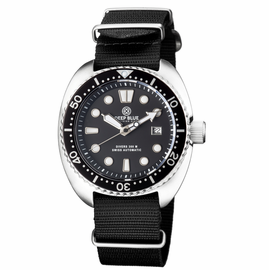 MILTARY DIVER ON NYLON NATO STRAP