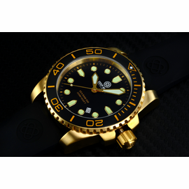 SEA RAM QUARTZ  GOLD TONE BLACK CERAMIC BEZEL BLACK DIAL
