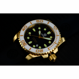 SEA RAM QUARTZ GOLD TONE WHITE CERAMIC BEZEL BLACK DIAL
