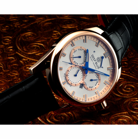 SOLD OUT - Fleet Admiral � Polish Rose Gold Case- Silver Dial