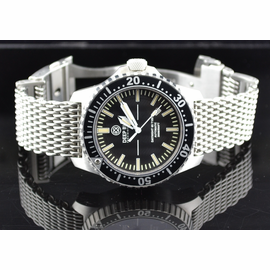 STAINLESS STEEL SHARK MESH  BRACELET