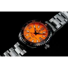 SWISS MADE ALPHA MARINE 500 T-100 TRITIUM - ORANGE