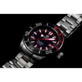 Swiss Made OCEAN DIVER 500 - RED