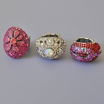 COSTUME ELASTIC CRYSTAL RINGS - 2 REMAINING STYLES (RED, FUCHSIA)