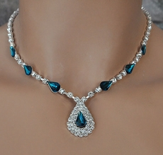 IT'S DELOVELY TEAL AND CLEAR RHINESTONE JEWELRY SET