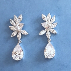 MAGICAL CZ CUBIC ZIRCONIA EARRINGS