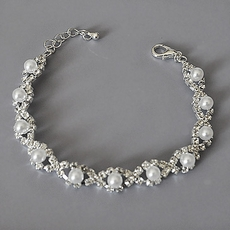 PEARLY EYES WEDDING BRACELET
