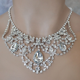 SHEER ELEGANCE ALL CLEAR JEWELRY SET