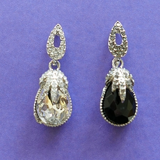 SPOT-ON RHINESTONE EARRINGS