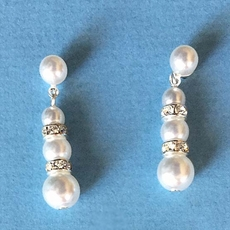 STRAIGHT AND TRUE PEARL RHINESTONE EARRINGS