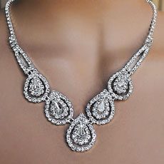 SULTRY RHINESTONE CLEAR FASHION JEWELRY SET