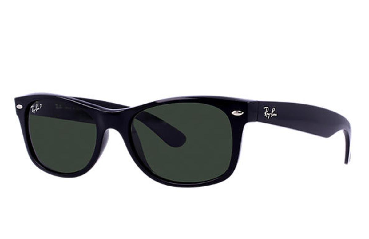 e3c8d9563ac Ray-Ban New Wayfarer Classic Sunglasses with Black Frame Polarized Green  Classic G-15 Lens - The Warming Store