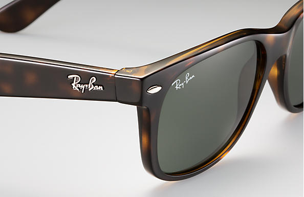 8bf2c8ccd6 Ray-Ban New Wayfarer Classic Sunglasses with Tortoise Frame Green Classic  G-15 Lens
