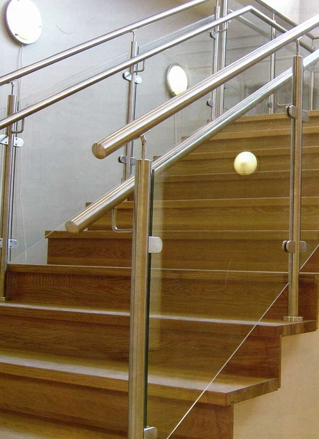 Stainless And Glass Stair Railing System