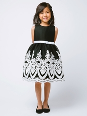 Black & White Sponge Mesh w/ Scallop Trim Dress