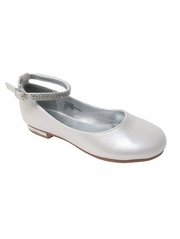 Girls Ivory Dress Shoe w/ Rhinestone Strap