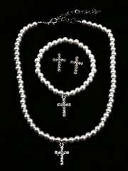 Kid�s White Cross Pearl Set