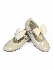 L�Amour Ivory Girls Dress Shoes w/ Bow Strap