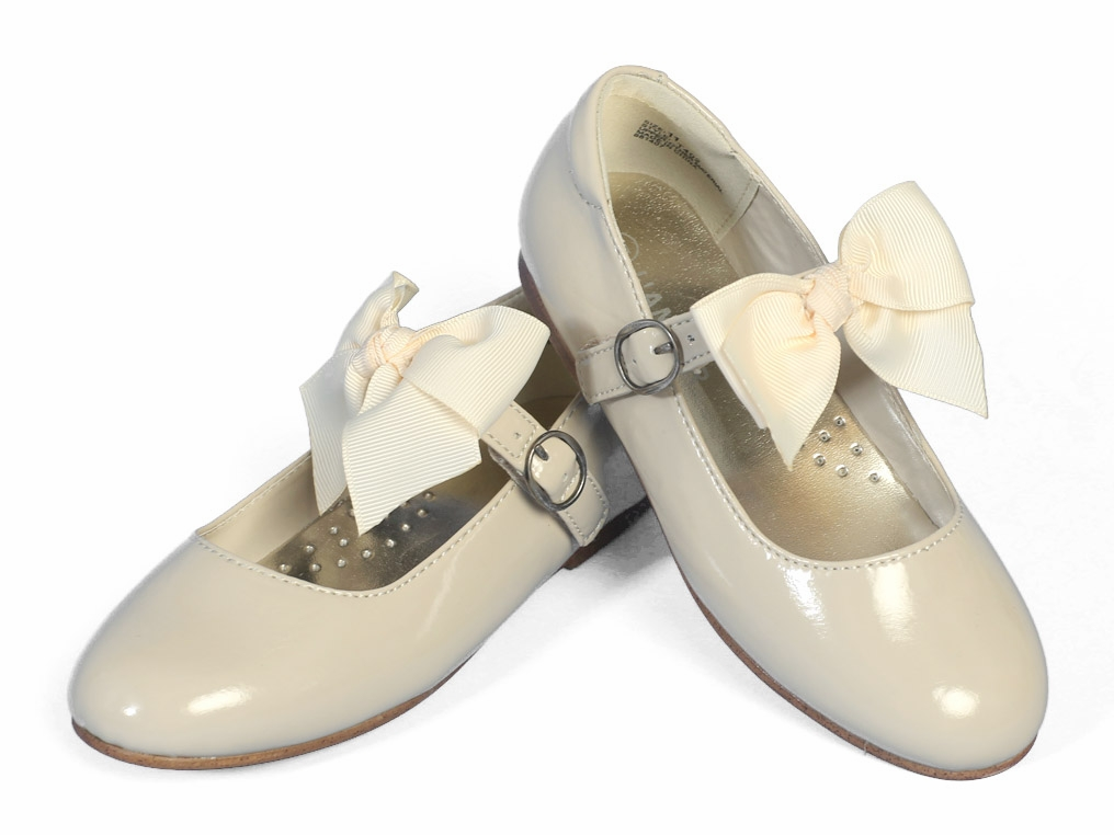 Amour Ivory Girls Dress Shoes w/ Bow Strap