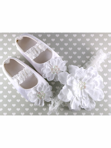 PLH Bows White Petal Flower Headband & Crib Shoes