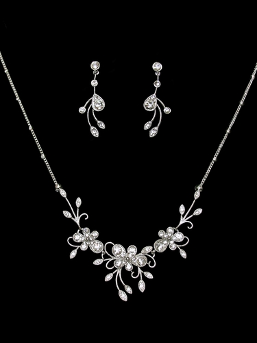 Rhinestone Floral & Leaf Necklace W/ Earrings Set