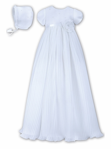 Sarah Louise White Pleated Organza Christening Robe & Bonnet