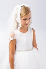 Tip Top Kids 695 White Floral Lace Edging Single Layer Veil