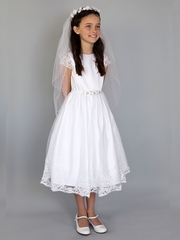 af2e0f6dc6e US Angels White Embroidered Scalloped Sleeve   Skirt w  Beaded Waist