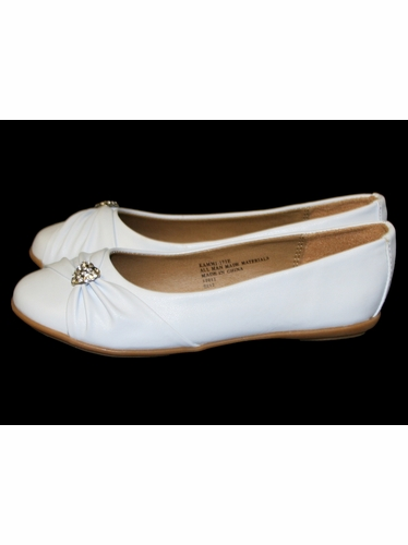 Childrens White Flat Shoes w/ Rhinestone Heart
