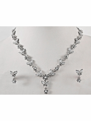 White Crystal Flower w/ Leaf Earrings & Necklace Set
