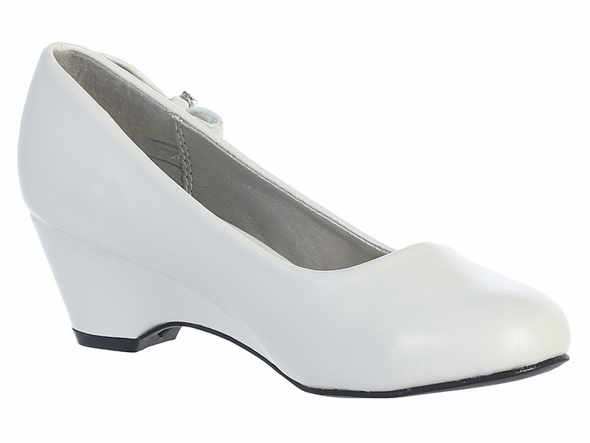 white wedge shoe
