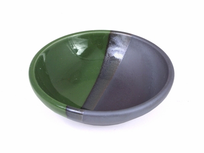 Black and Green Sauce Dish