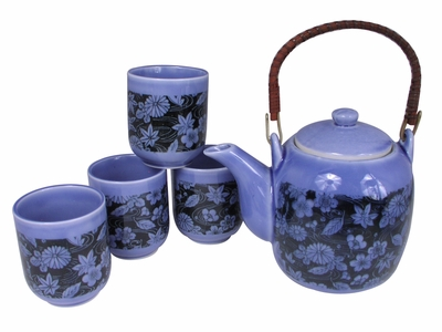 Chrysanthemum Maple Leaves and Cherry Blossoms Japanese Tea Set for Four