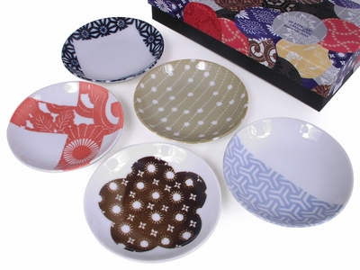 Ise-Katagami Geometric Pattern and Cherry Blossom Stencils Small Japanese Plate Set