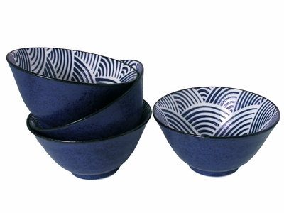 Modern Blue and White Japanese Wave Japanese Large Rice Bowl Set for Four