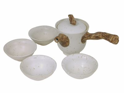Pale Cream with Wooden Handle Chinese Tea Set for Four