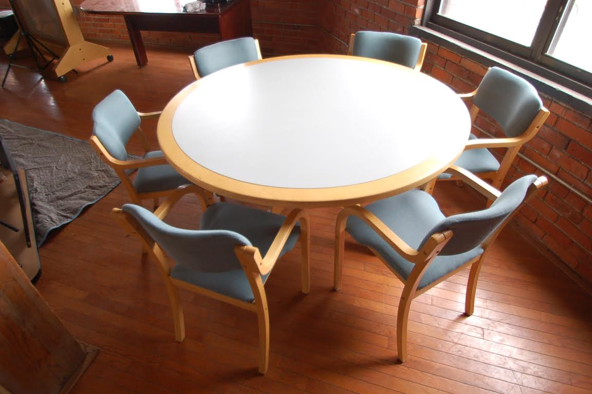 Round Table Set - Round tables and chairs