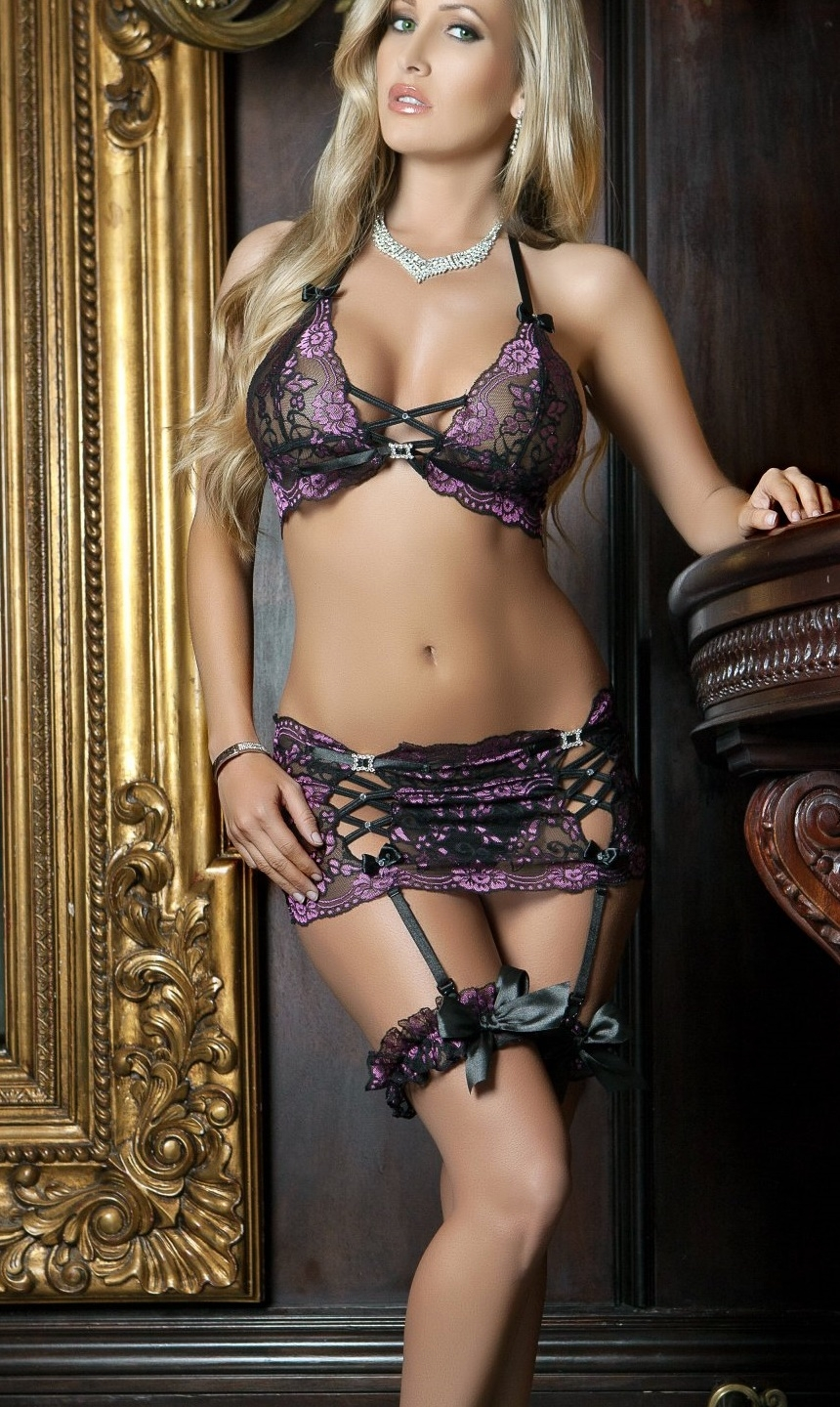 L1405 4pc Kiss of Romance Lace Garter Skirt & Bra Set by Gworld