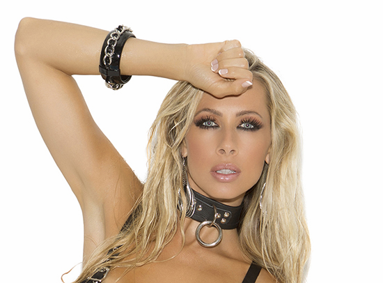 L9996 Leather Choker with O ring and D ring by Elegant Moments