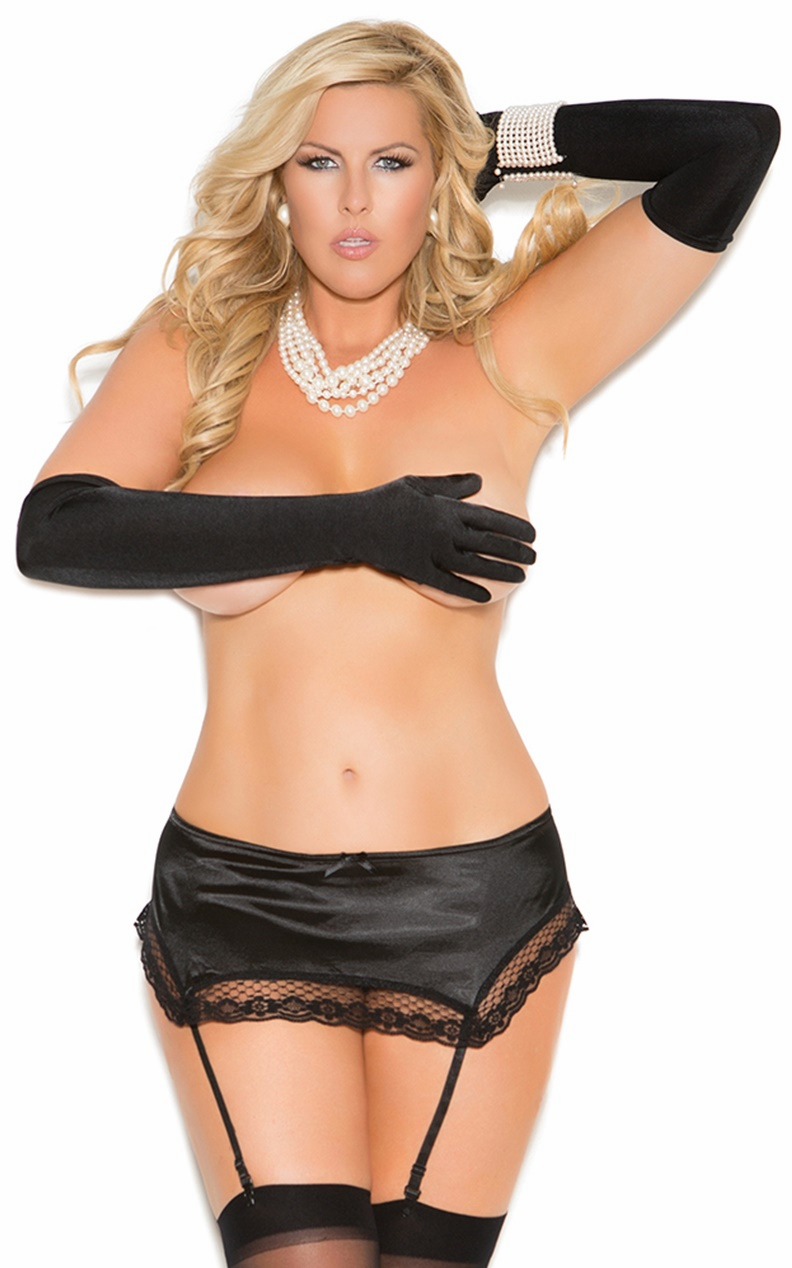 Plus Size Garters and Garter Skirts Sets