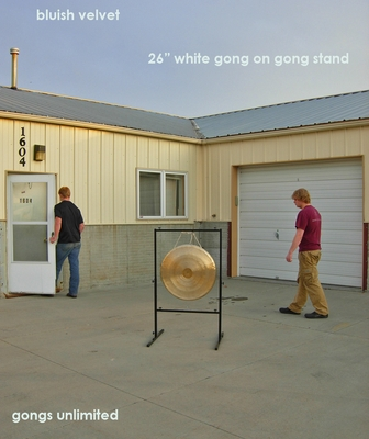 """26"""" White Gong on Rambo Rimbaud Gong Stand - FREE SHIPPING"""