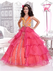What to Look for in Glitz Pageant Dresses for Little Girls