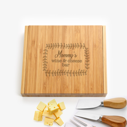 Mommy's Personalized 5 Piece Bamboo Cheese Set
