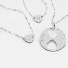Personalized Family Necklace for Mom and Daughters (Set of Three Necklaces)