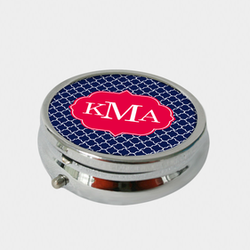 Round Quatrefoil Design Monogram Pill Box