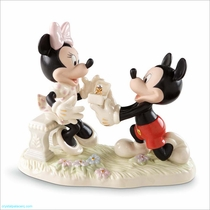 Lenox Classics Disney Minnie's Dream Proposal